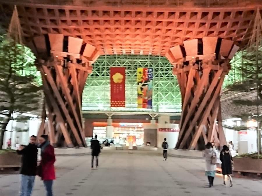 【東京と金沢の例を巡って】現代建築の魅力、観光立国に活用を